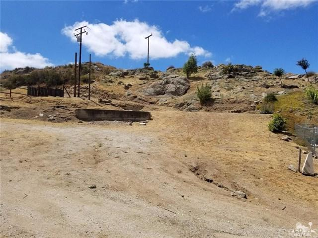 32594 State Highway 74, Hemet, CA 92545 (#217016604DA) :: Realty Vault