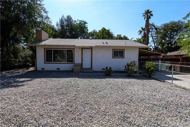 25875 1st Street, Hemet, CA 92544 (#TR17111042) :: RE/MAX Estate Properties