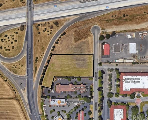 3927 Rosin Court, Sacramento, CA 95834 (#PV17132959) :: Fred Sed Group