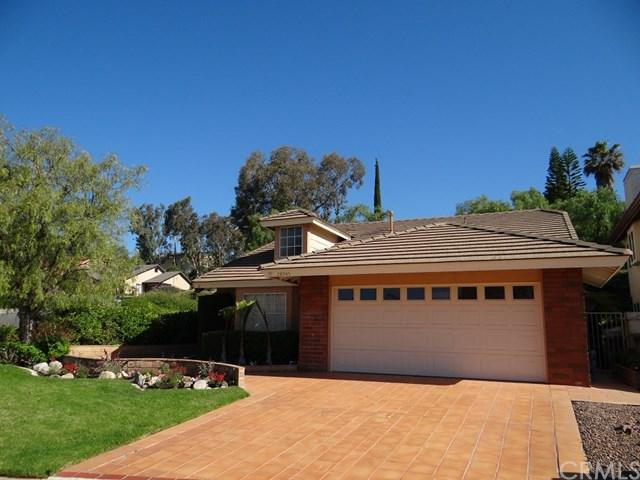 28945 Santiago Peak Lane, Lake Forest, CA 92679 (#OC17136531) :: Berkshire Hathaway Home Services California Properties