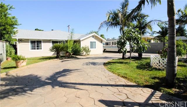 300 N Hubbard Avenue, San Fernando, CA 91340 (#SR17136066) :: The Brad Korb Real Estate Group