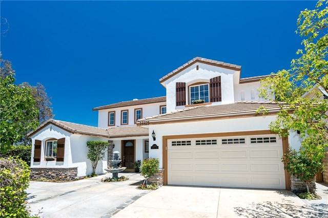 23325 Cuestport Drive, Valencia, CA 91354 (#MB17137490) :: The Brad Korb Real Estate Group