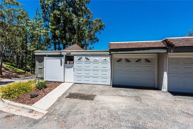 23485 Caminito Norte, Laguna Hills, CA 92653 (#OC17138536) :: Berkshire Hathaway Home Services California Properties