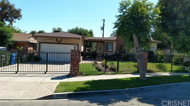 2026 Donnaglen Avenue, San Fernando, CA 91340 (#SR17138681) :: The Brad Korb Real Estate Group