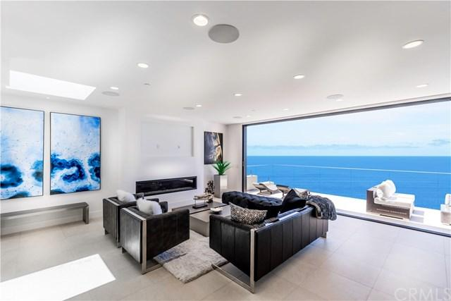 2515 Juanita Way, Laguna Beach, CA 92651 (#LG17137106) :: Berkshire Hathaway Home Services California Properties