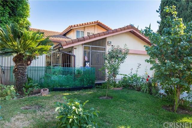 13756 Cantlay Street, Van Nuys, CA 91405 (#SR17138473) :: The Brad Korb Real Estate Group