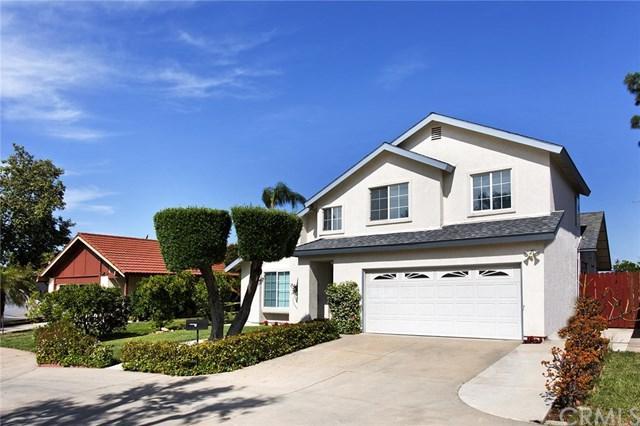 23656 Verona, Laguna Hills, CA 92653 (#OC17139137) :: Berkshire Hathaway Home Services California Properties