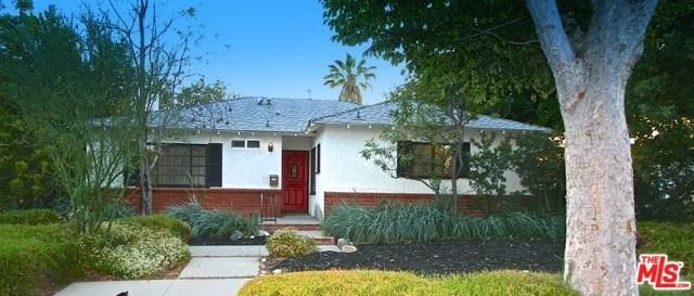 9007 Darby Avenue, Northridge, CA 91325 (#17232308) :: The Brad Korb Real Estate Group