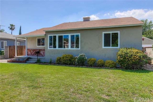 7701 Paso Robles Avenue, Lake Balboa, CA 91406 (#CV17139890) :: The Brad Korb Real Estate Group