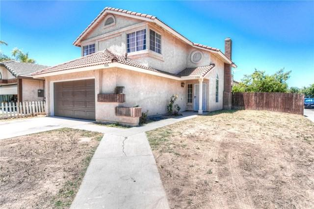 1528 Apple Creek Drive, Perris, CA 92571 (#SW17140298) :: RE/MAX Estate Properties