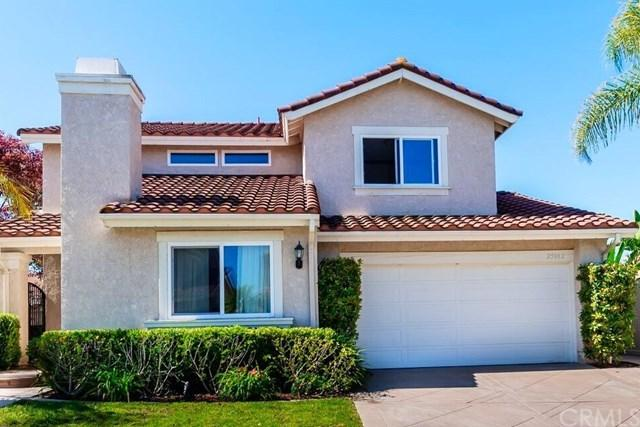 25882 Tipperary Lane, Lake Forest, CA 92630 (#PW17137644) :: Berkshire Hathaway Home Services California Properties