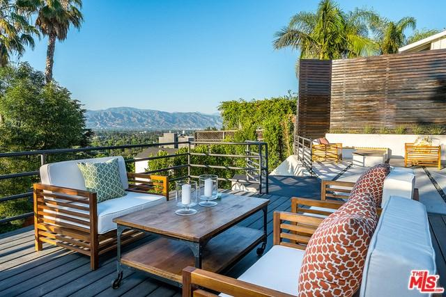 3838 Buena Park Drive, Studio City, CA 91604 (#17236056) :: The Brad Korb Real Estate Group