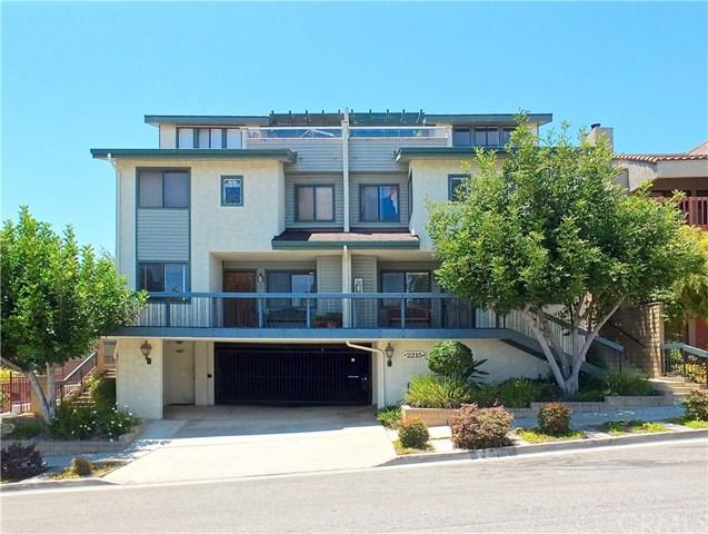 2215 Molino Ave Avenue B, Signal Hill, CA 90755 (#PW17140018) :: Kato Group