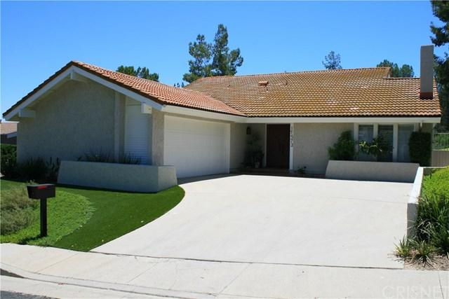17572 Tuscan Drive, Granada Hills, CA 91344 (#SR17141162) :: The Brad Korb Real Estate Group
