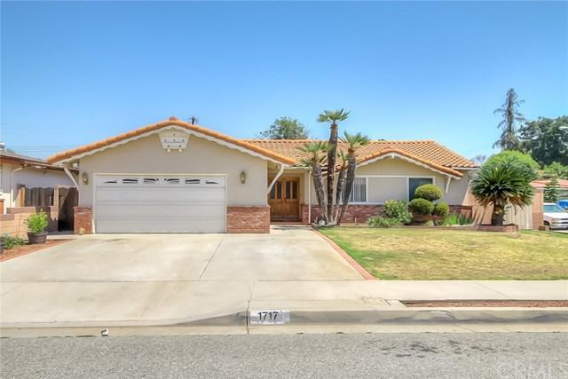 1717 E. Wingate Street, Covina, CA 91724 (#CV17141179) :: Carrington Real Estate Services
