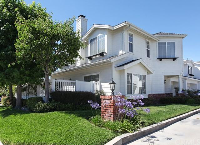 190 Cecil Place, Costa Mesa, CA 92627 (#PW17141305) :: Berkshire Hathaway Home Services California Properties