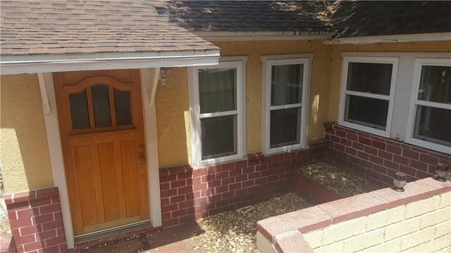 9681 Hillhaven Avenue, Tujunga, CA 91042 (#RS17141326) :: The Brad Korb Real Estate Group