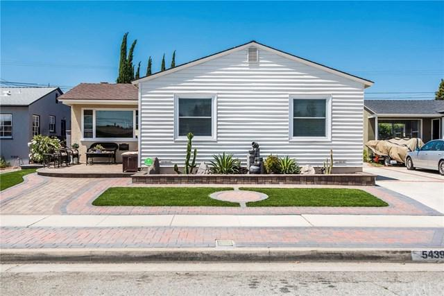 5439 W 141st Street, Hawthorne, CA 90250 (#SB17140918) :: Erik Berry & Associates