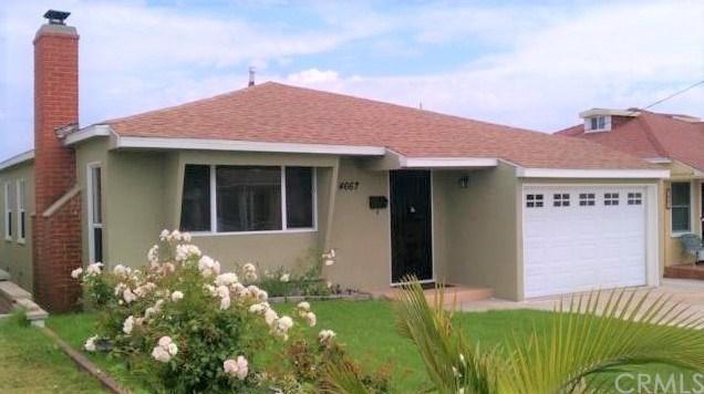 4667 W 141st Street, Hawthorne, CA 90250 (#SB17141896) :: Erik Berry & Associates