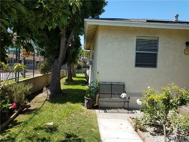 23431-234311/2 Anchor Avenue #127, Carson, CA 90745 (#MB17141927) :: RE/MAX Estate Properties