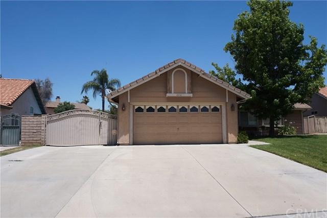 2261 Callaway Drive, San Jacinto, CA 92583 (#SW17142110) :: RE/MAX Estate Properties