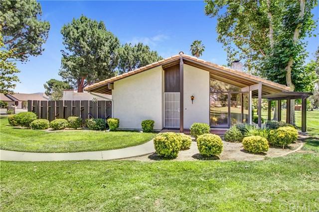 1245 Seven Hills Drive, Hemet, CA 92545 (#SW17141680) :: RE/MAX Estate Properties