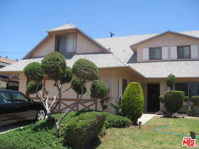 19226 Andmark Avenue, Carson, CA 90746 (#17244438) :: Kato Group