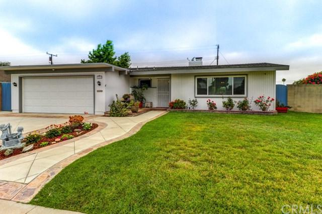 3269 Nebraska Lane, Costa Mesa, CA 92626 (#PW17140970) :: DiGonzini Real Estate Group