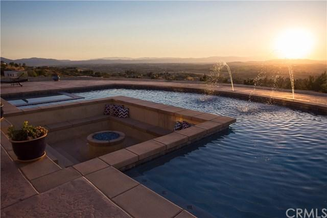 39625 Via De Oro, Temecula, CA 92592 (#SW17141928) :: Carrington Real Estate Services