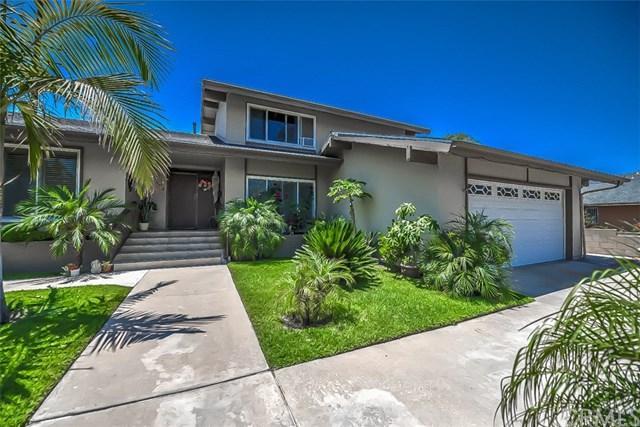 2702 N Linwood Street, Santa Ana, CA 92705 (#PW17142641) :: RE/MAX New Dimension