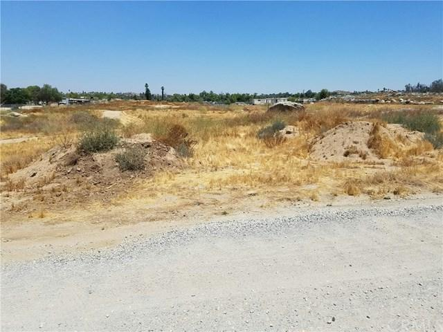 0 Depard, Perris, CA  (#CV17142941) :: RE/MAX Estate Properties