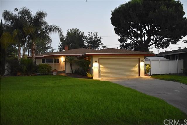 11906 Edgewood Lane, Garden Grove, CA 92840 (#PW17143131) :: RE/MAX New Dimension