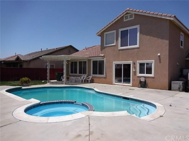 1671 Amber Lily Drive, Beaumont, CA 92223 (#EV17143158) :: RE/MAX Estate Properties