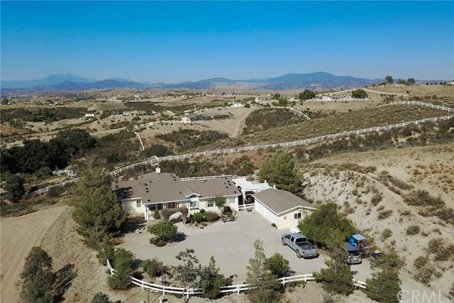 39610 Spanish Oaks Drive, Temecula, CA 92592 (#OC17143175) :: Carrington Real Estate Services