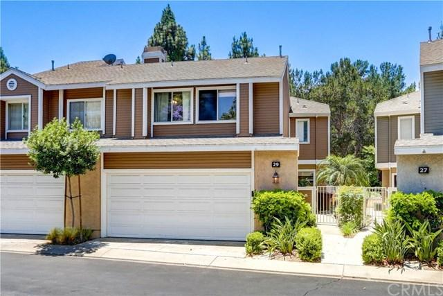 29 Sandalwood #87, Aliso Viejo, CA 92656 (#OC17141507) :: DiGonzini Real Estate Group
