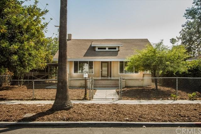 3779 Farnham Place, Riverside, CA 92503 (#CV17141763) :: RE/MAX Estate Properties
