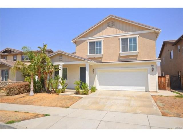 25374 Grandfir Court, Corona, CA 92883 (#CV17143307) :: Carrington Real Estate Services