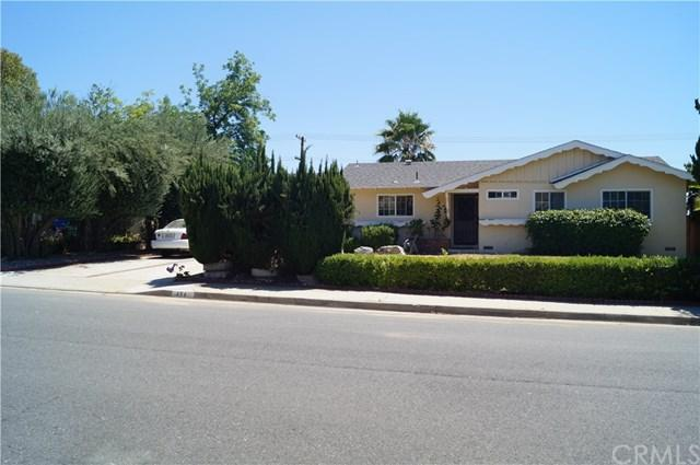 434 W Campus View Drive, Riverside, CA 92507 (#IV17143401) :: Carrington Real Estate Services