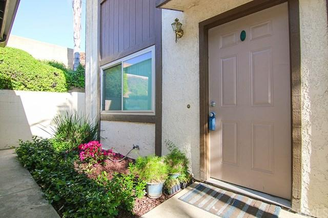 11735 Valley View Avenue 7A, Whittier, CA 90604 (#DW17135736) :: Kato Group