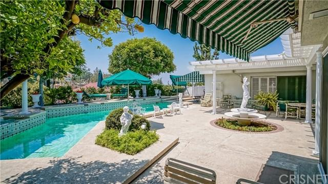 5206 Los Bonitos Way, Los Angeles (City), CA 90027 (#SR17142926) :: TruLine Realty