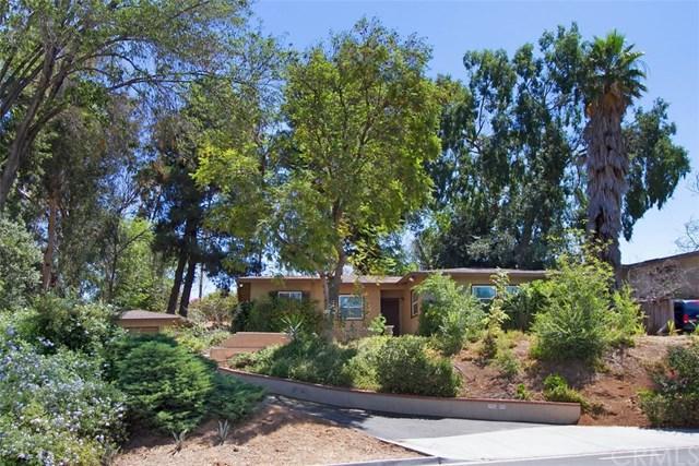 2983 Ivy Street, Riverside, CA 92506 (#IV17143112) :: RE/MAX Estate Properties