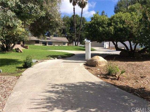 29638 Del Rey Road, Temecula, CA 92591 (#SW17143610) :: Kristi Roberts Group, Inc.