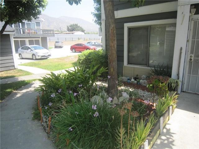 824 N Pasadena Avenue #16, Azusa, CA 91702 (#CV17143661) :: RE/MAX Masters