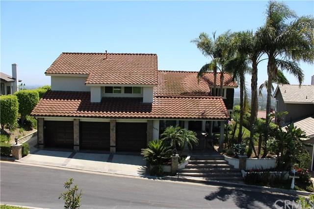 2334 N Rockridge Circle, Orange, CA 92867 (#PW17140019) :: RE/MAX New Dimension