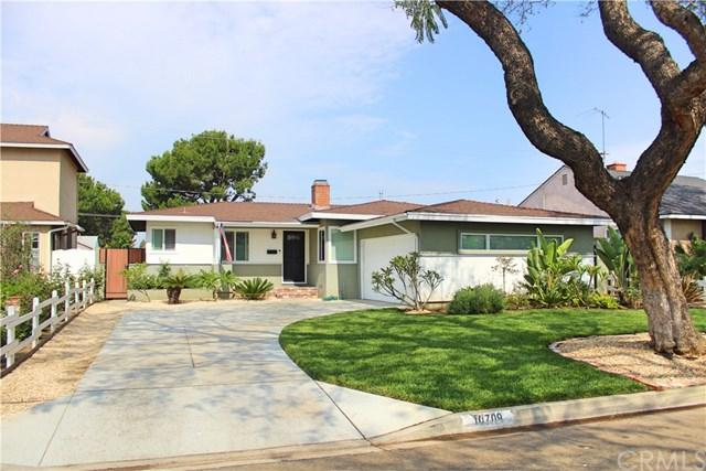 10709 Grovedale Drive, Whittier, CA 90603 (#DW17143721) :: Kato Group
