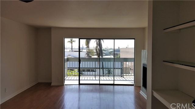 1360 Redondo Avenue #201, Long Beach, CA 90804 (#OC17142099) :: Kato Group