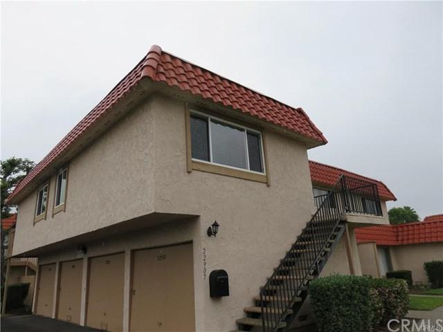 22907 Bonita Lane #4, Lake Forest, CA 92630 (#OC17141082) :: Fred Sed Realty