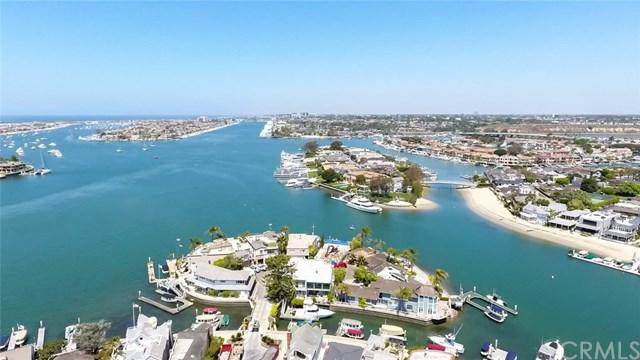 202 Emerald Avenue, Newport Beach, CA 92662 (#IV17143893) :: DiGonzini Real Estate Group