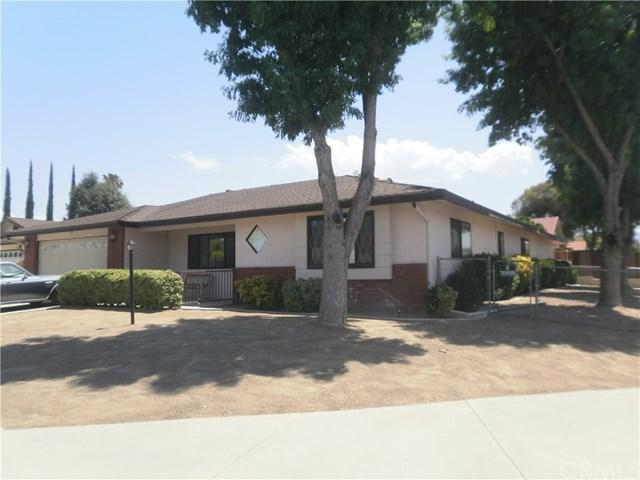26830 Oxford Court, Hemet, CA 92544 (#SW17143883) :: Kristi Roberts Group, Inc.