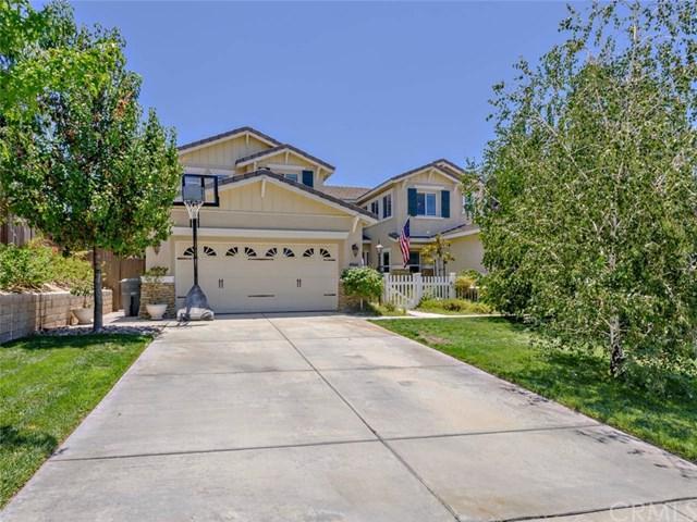 40444 Erica Avenue, Murrieta, CA 92562 (#SW17143925) :: Kristi Roberts Group, Inc.
